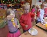 Zajecia kulinarne w grupie Biedronek